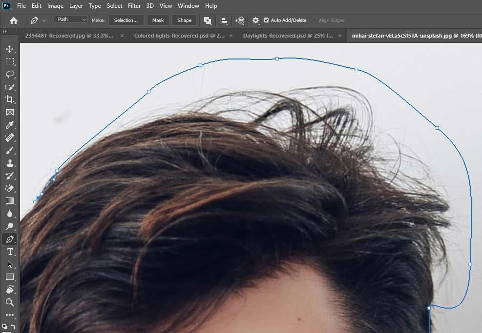 hapus bagian rambut dengan menggunakan quick selection tool