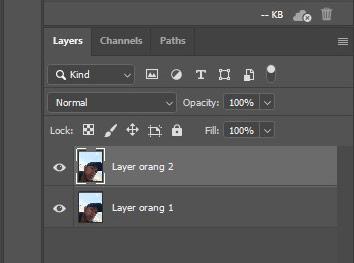buat layer menjadi 2 untuk black dan white