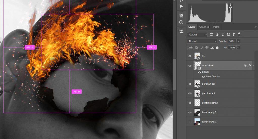 masukan asap hitam pada gambar supaya terlihat